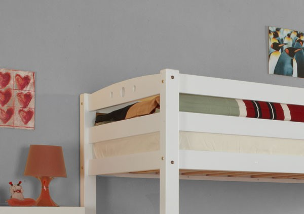 ticaa etagenbett oliver buche massiv wei kinder jugendzimmer etagenbetten wei lackiert. Black Bedroom Furniture Sets. Home Design Ideas