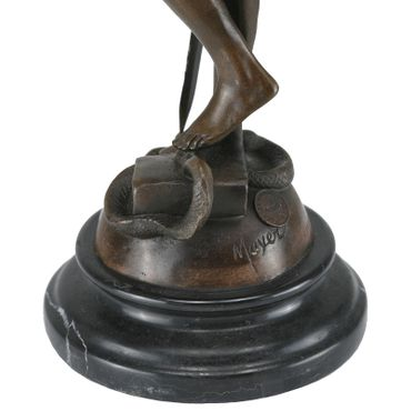 Bronze Mayer Justice figurine. This is a cast reproduction of the famous piece by Alois Mayer. – image 5