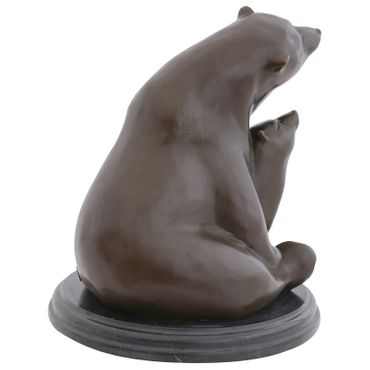 Mother Polar bear with baby bear as Bronze sculpture for art decoration or gift representing security – image 4