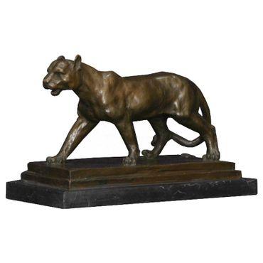 Bronze sculpture replica of a Jaguar as a signature animal figure – image 2