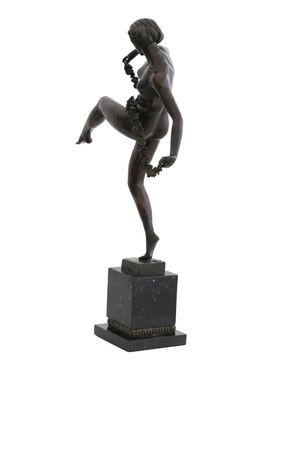 Beautiful Dancer with Flower Ribbon in Bronze Lost-Wax – image 2