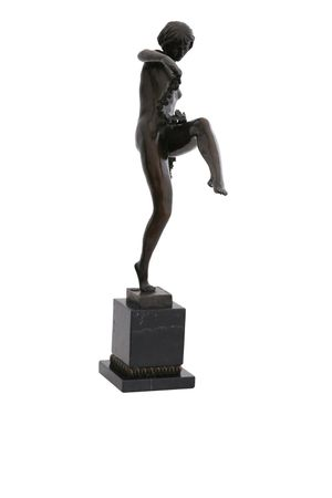 Beautiful Dancer with Flower Ribbon in Bronze Lost-Wax – image 3