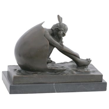 Beautiful Young Woman in Shell Bronze Figure with Marble Base – image 4