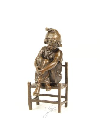 Cute Little Girl on Chair in Casted Bronze – image 1