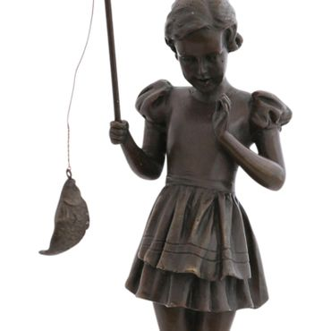 Angel fish girl bronze statue Dirndl Madel at catching fish sculpture – image 5