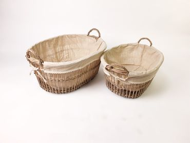 2 picnic baskets willow material lined spacious – image 2