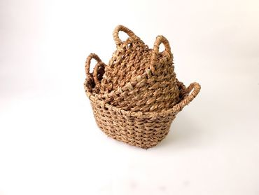 3 natural willow baskets different sizes antique design – image 2