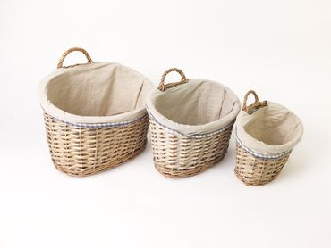 3 oval willow picnic baskets material lined different sizes – image 1