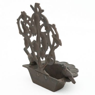 Bird feeding site made of iron cast as wall hanging for decoration of balcony and terrace – image 4