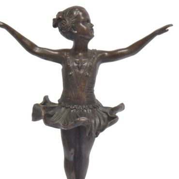 Children ballet dancer ballerina statue on round marble figure of a girl in costume – image 2