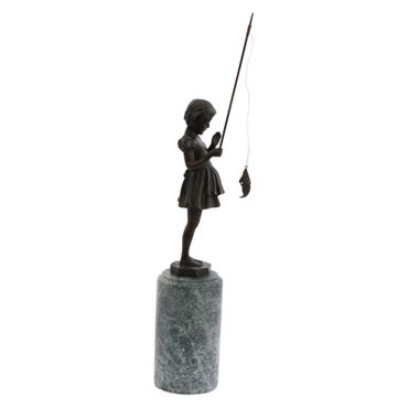 Angel fish girl bronze statue Dirndl Madel at catching fish sculpture – image 4