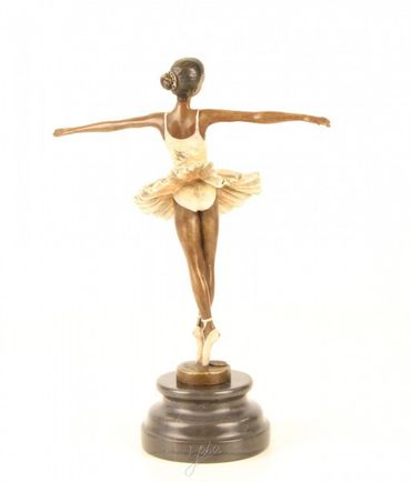 Beautiful Ballerina in White & Points Dancing Woman Statue Bronze – image 2