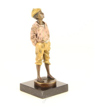 Young Boy in Bronze Lost Wax Bronze Figure Child Home Decoration Hand Polished – image 3