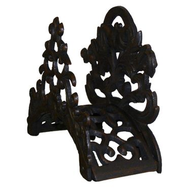 Nostalgic garden hose holders with antique baroque style made of iron cast – image 3