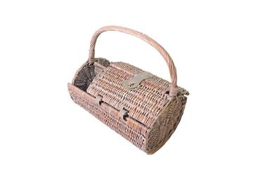 4 person picnic basket antique style got everything you need – image 2