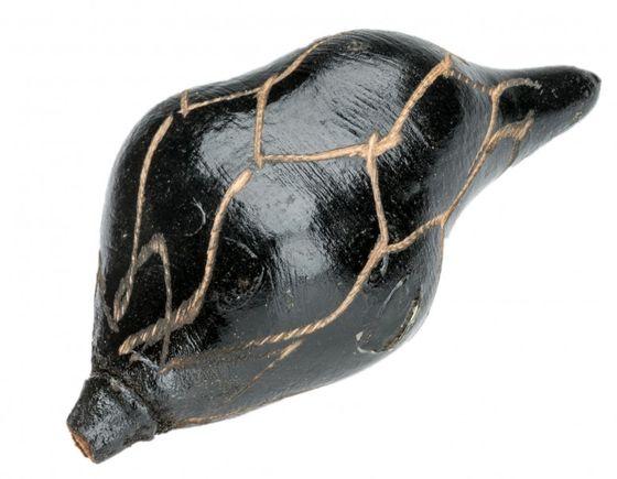 Baobab Frucht schwarz geschnitzt ca. 8-11cm – Bild