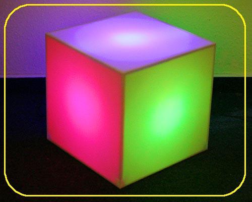 MOFI Würfel RGB 30 cm mit 75 LEDs – Bild 1