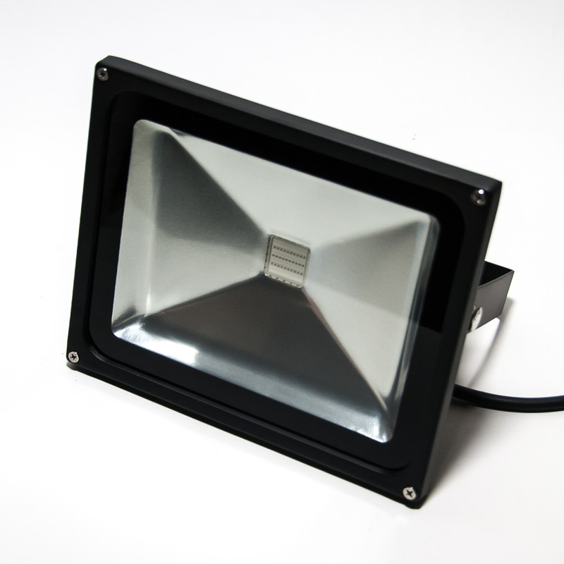 UV LED Fluter 50W 120° IP65 – Bild 1