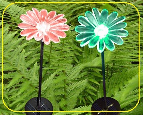 Solar Gartenstab Blume im RGB Farbwechsel