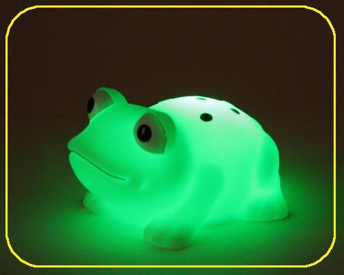 Frosch klein, on/off, LED Farbwechsel - inkl. Batterien – Bild 1