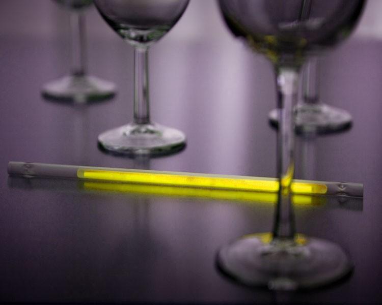 Leuchtstrohhalm mit gelbem Maxi Knicklicht, 25 Stück – Bild 1