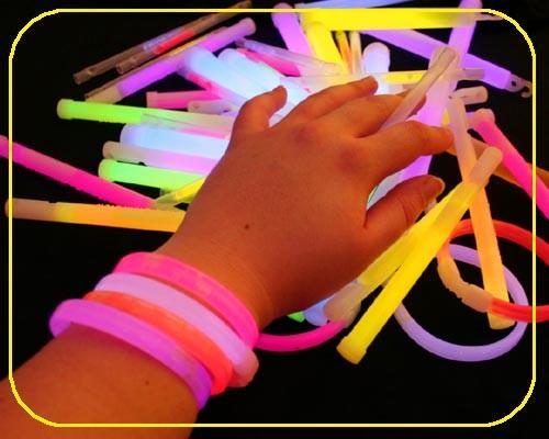 VIP Armbänder weiß 25 Stück – Bild 2