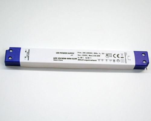 LED Schaltnetzteil MM 12V / 30W  / IP20 Slim – Bild 1