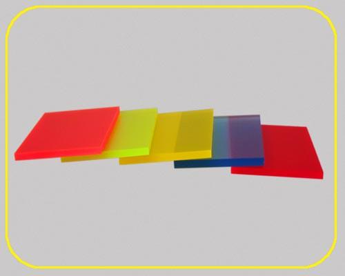 satinierte Leuchtplatte 3mm | 335x504 mm | rot – Bild 2