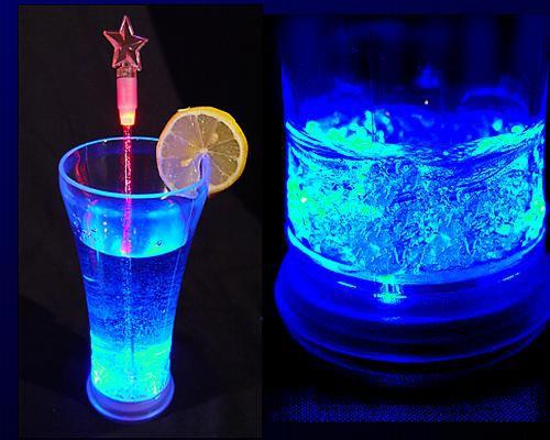 LED Trinkglas 0,33 ltr., blau, 3 Lichtfunktionen