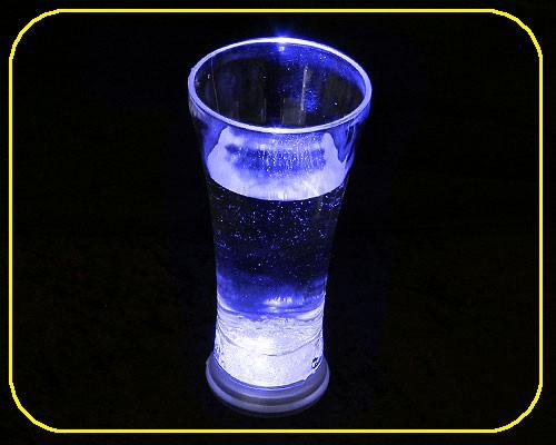 LED Trinkglas 0,33 ltr., RGB, 8 Lichtfunktionen – Bild 2