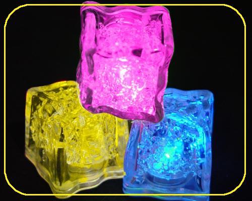 LED Deko Eiswürfel (S) 3 Funktion pink, 2x CR1620 (Artikel darf nicht ins Gefrierfach gelegt werden!) – Bild 2