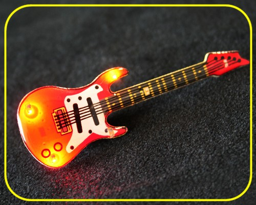 Blinkie E-Gitarre mit Anstecker, 6 LEDs in 2 Farben – Bild 4