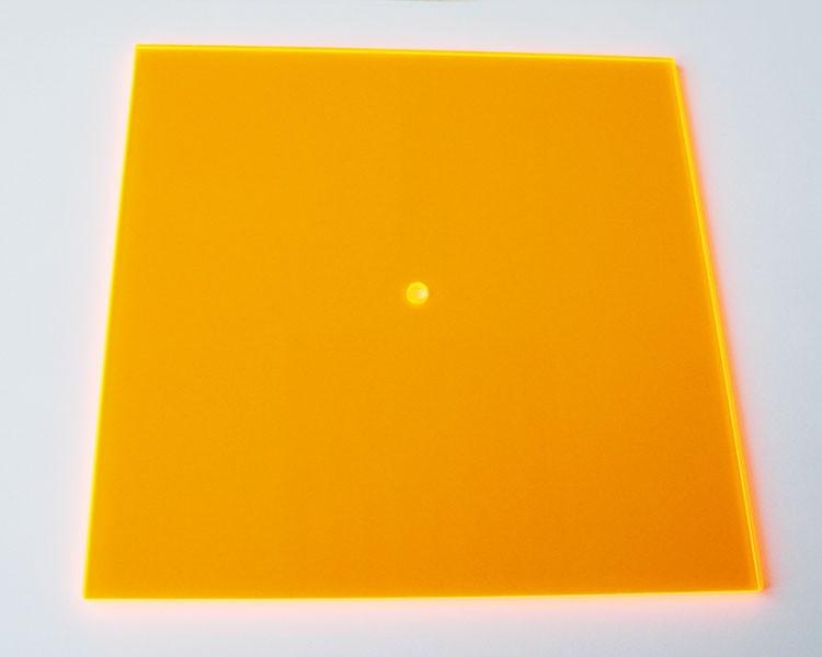 gold-gelbes fluo Quadrat midi 16,5 cm mit Loch  – Bild 1