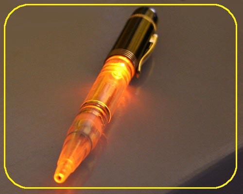 Schwarzer Neon Kugelschreiber LED gelb