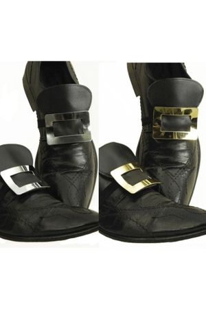 Schuhschnallen aus Metall