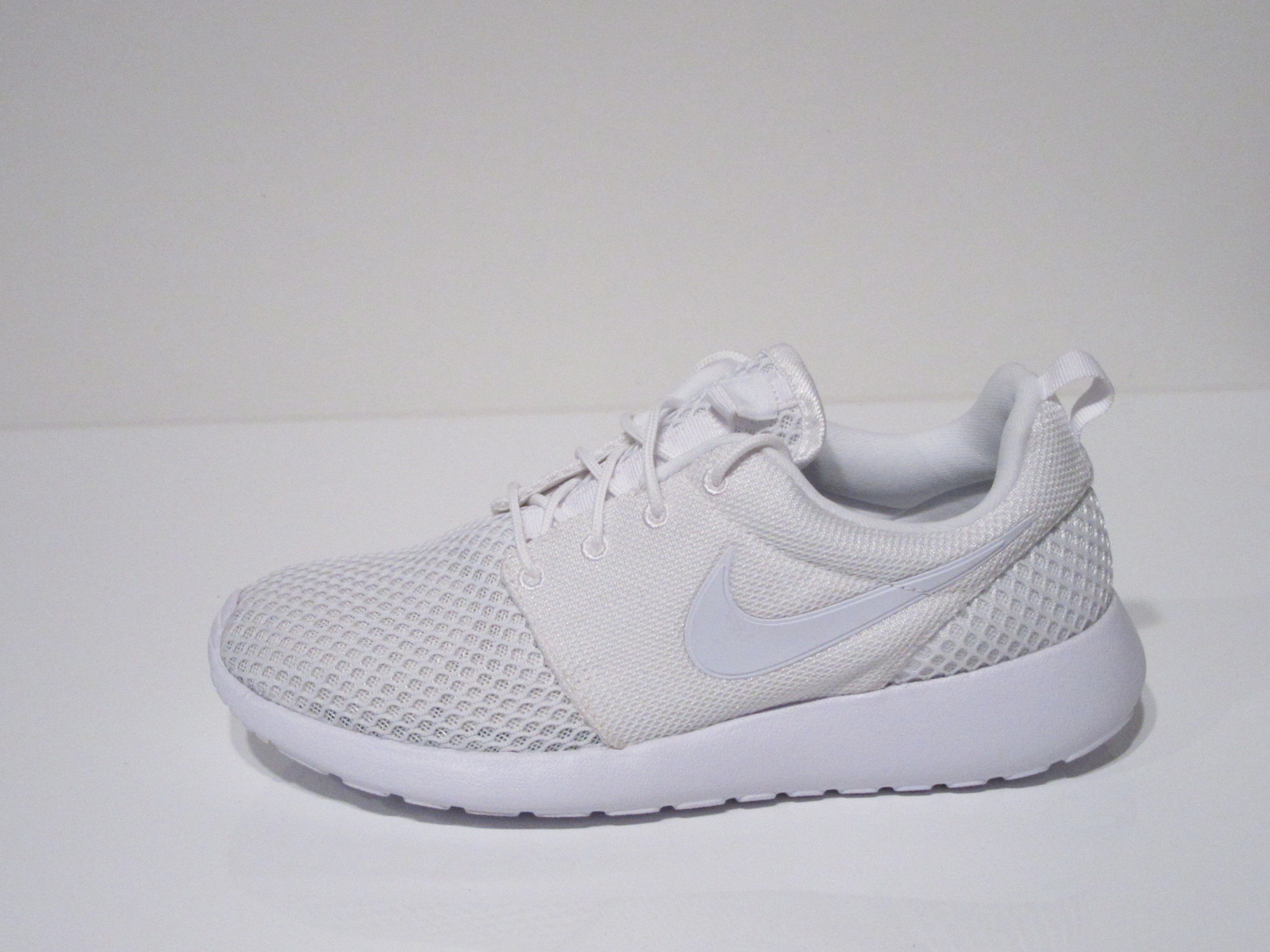 huge discount dc07d 234a9 Nike Roshe One SE Running Sneakers für Herren in weiss 102 WHITE WHITE-PURE