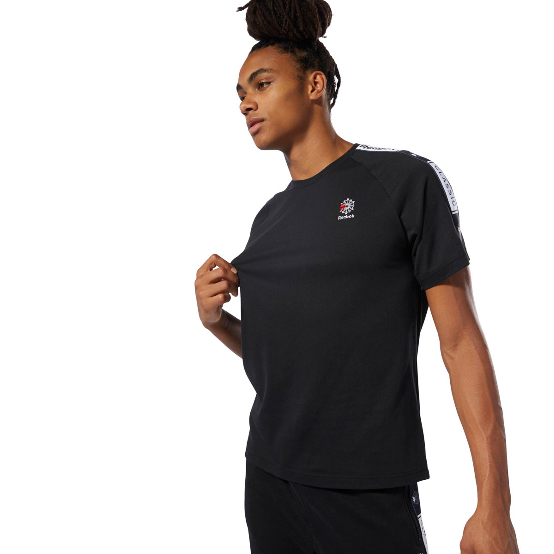 REEBOK Classics Taped Tee T Shirt (DT8147) in Schwarz