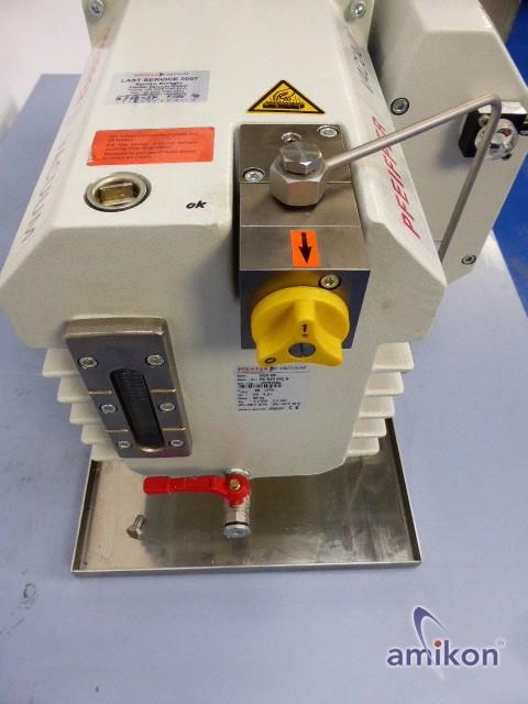 Pfeiffer DUO 65 Zweistufige Hochleistungs-Drehschieberpumpe PK D46 642  Hover