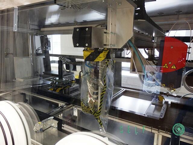 KMS Automation Laborarbeitsplatz Glovebox Bau von Conizellen 3-Achs-Roboter – Bild 3