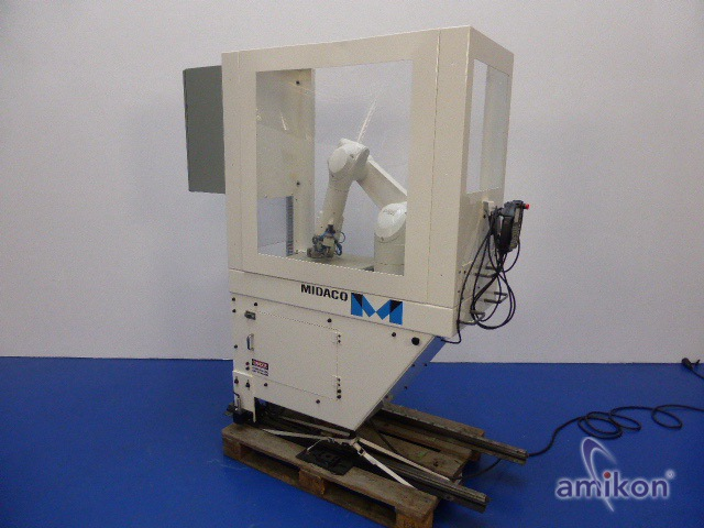 Stäubli Sechsachsroboter TX60L mit Steuerung CS8C und Handbediengerät SP1