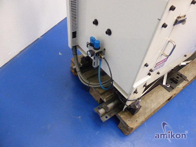 Stäubli Sechsachsroboter TX60L mit Steuerung CS8C und Handbediengerät SP1  Hover