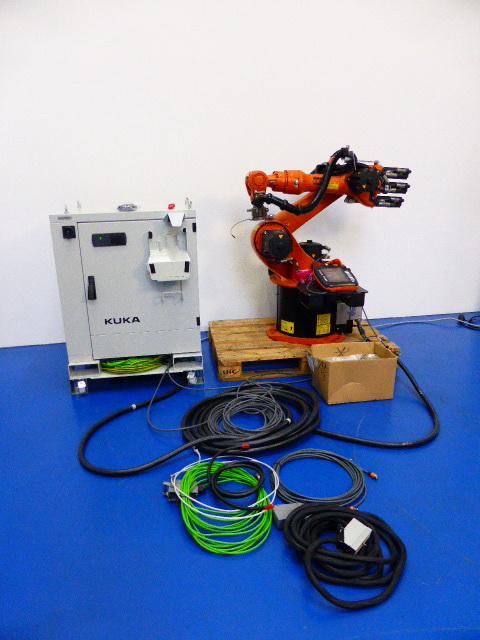 Kuka Roboter VKR 16-2 R1610 mit Steuereinheit VKRC4-SC5 und Kuka smartPAD