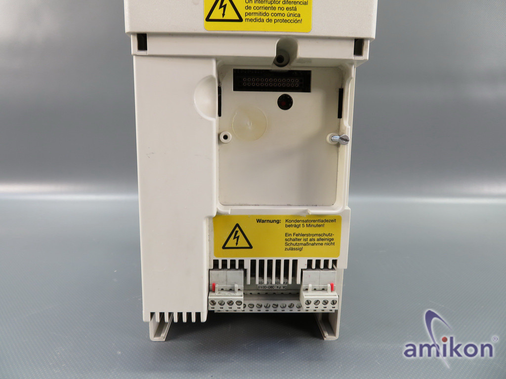 KEB F4 Frequenzumrichter 13.F4.C1E-2480/1.4 8,3 KVA 5,5 kW ohne Abdeckung  Hover