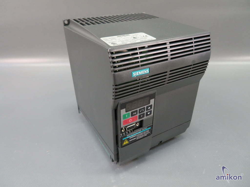 Siemens Micromaster Vector MMV400/3 ohne Filter 6SE3221-0DC40  Hover