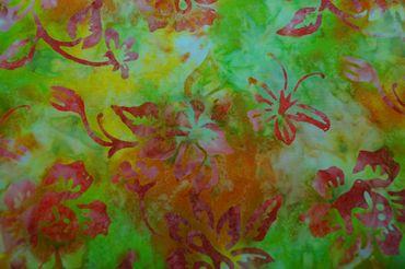 "Handgefärbte Batik aus Indonesien ""Light Flowers"" COL 5, 100% Baumwolle"