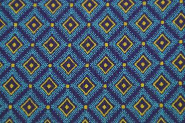 """Original Shweshwe """" Arabesque"""" lila/hellblau/gelb in 90cm Breite"""