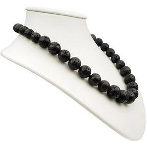 Halskette-aus-Lava-und-925-Silber