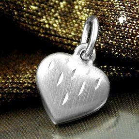 Anhänger-Herz-matt-mit-Schliff-925-Silber