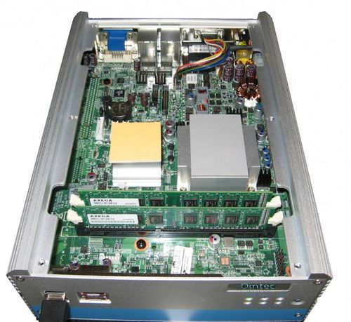 NISE 3500, Intel® Core™ i7/i5 Fanless System with VGA, DVI-D, eSATA and one Expansion Slot,ab Lager – Bild 2