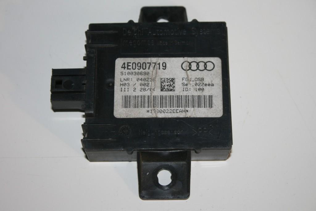 VW Touareg Steuergerät Abschleppschutz Neigungssensor Sensor 7L0907719